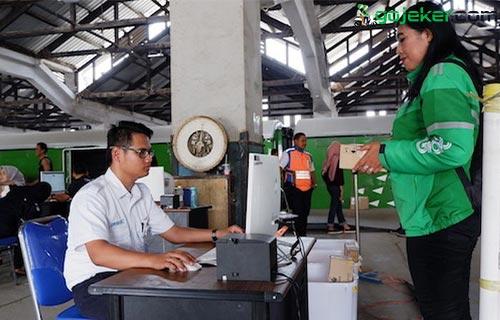 Cara Pesan Grab Rail Express Dilengkapi Syarat Biaya